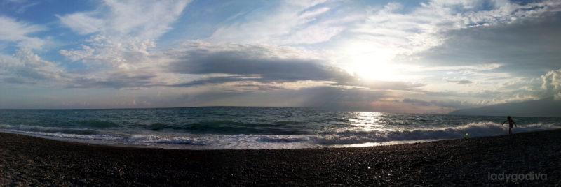 Черное море в Гагре