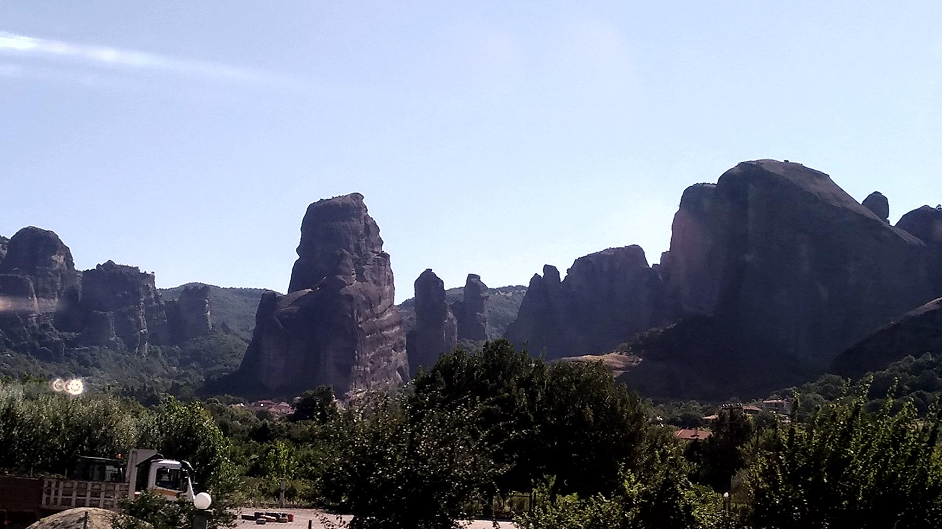 Скалы Метеоры в Греции